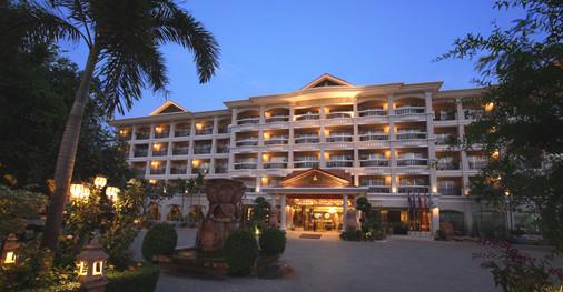 Somadevi Angkor Hotel 4*