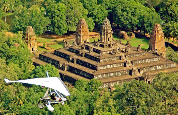 В Ангкор на мотодельтаплане