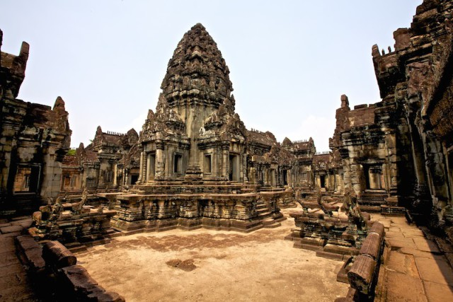 Banteay-Samre-Temple-1