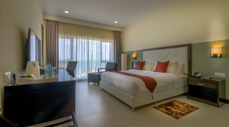 deluxe_sea_view_room_queenco_hotel_1_1440_800_5_80