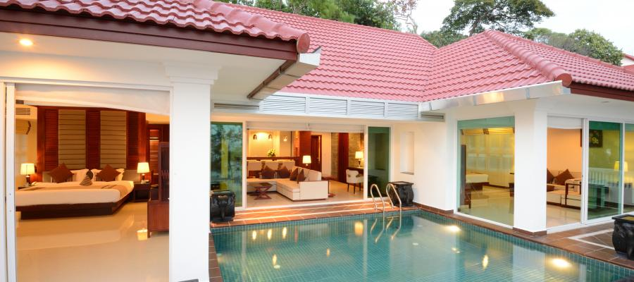 Pool Villa в Independence Hotel