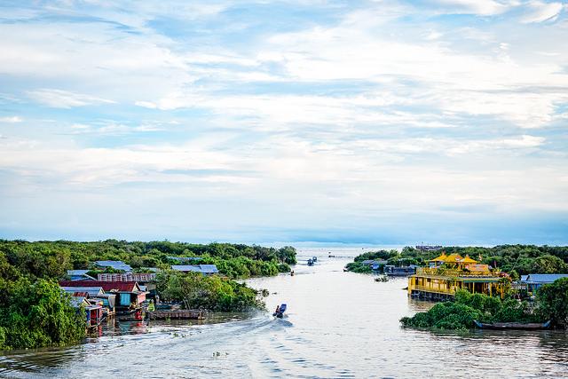 """Храмы Ангкора и озеро Тонле Сап"" на 3 дня и 2 ночи"
