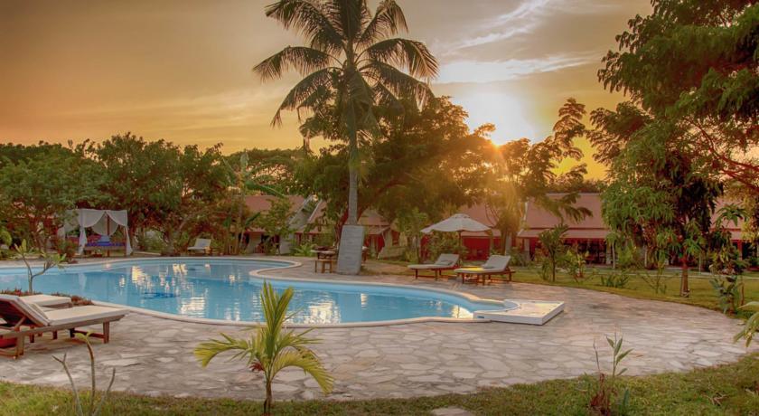 Le Flamboyant Resort 3*
